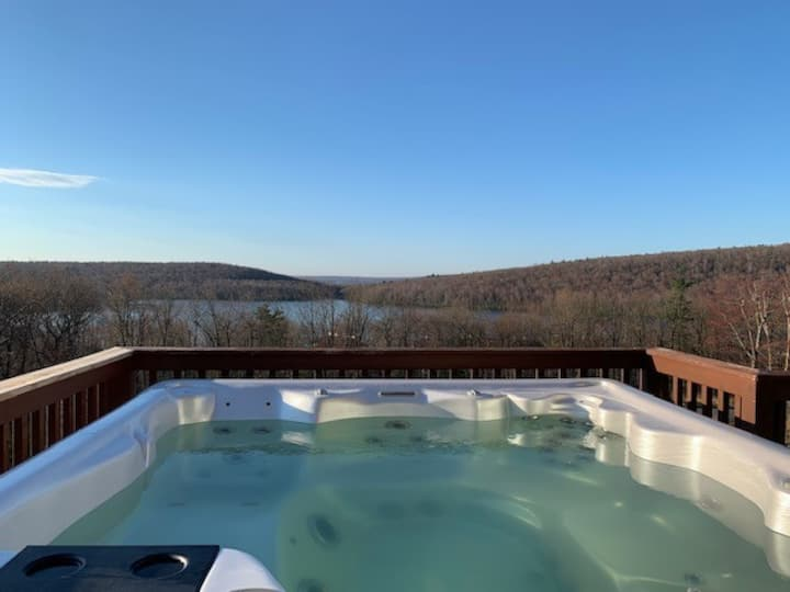 THE BLISS - Lake & Mountain Views, 5 Bedrooms