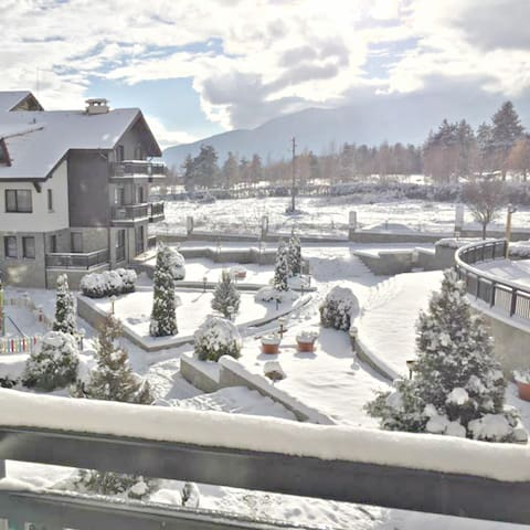 Relaxing Spa, Golf, Adventure 2 Bed Mountain Apt - Razlog - Appartement
