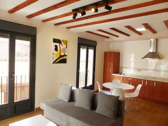 Apartamento A con Parking, Wifi, Nuevo - Toledo - Apartment