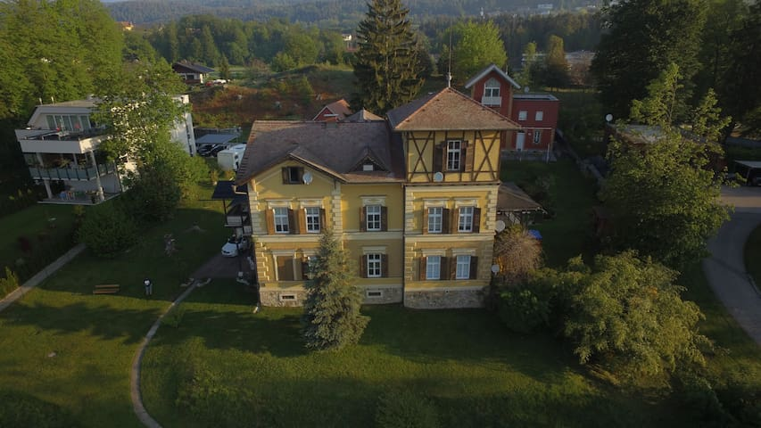 Wellcome in beautiful historic Villa @ Centre - Velden am Wörthersee - Apartamento