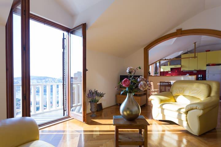 Penthouse sea view ❤ Free Parking ❤ - Dubrovnik - Apartment