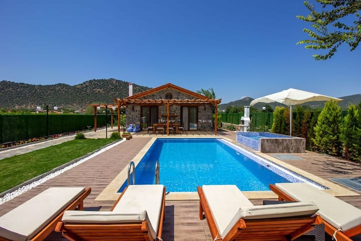 Fethiye kayaköy detached villa for rent