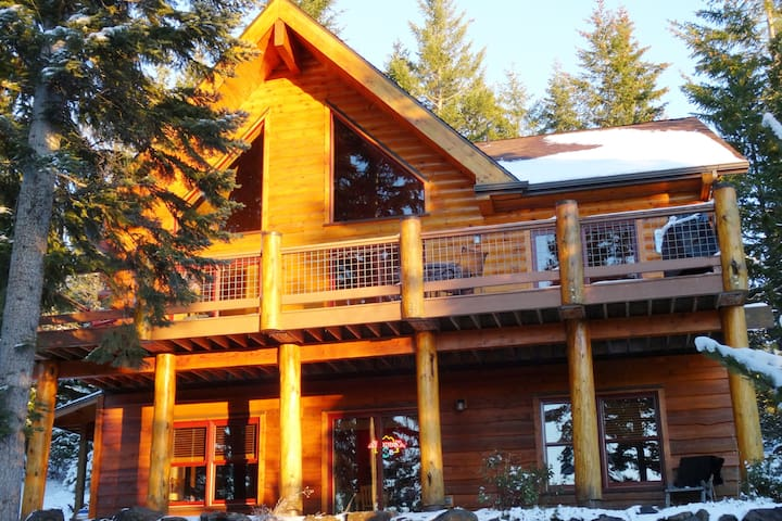 Luxury Log Cabin nr Crescent Lake & Crater Lake