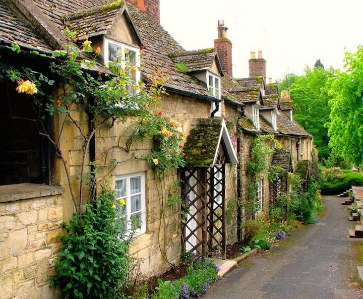 The Feathered Nest- idyllic Cotswolds escape.