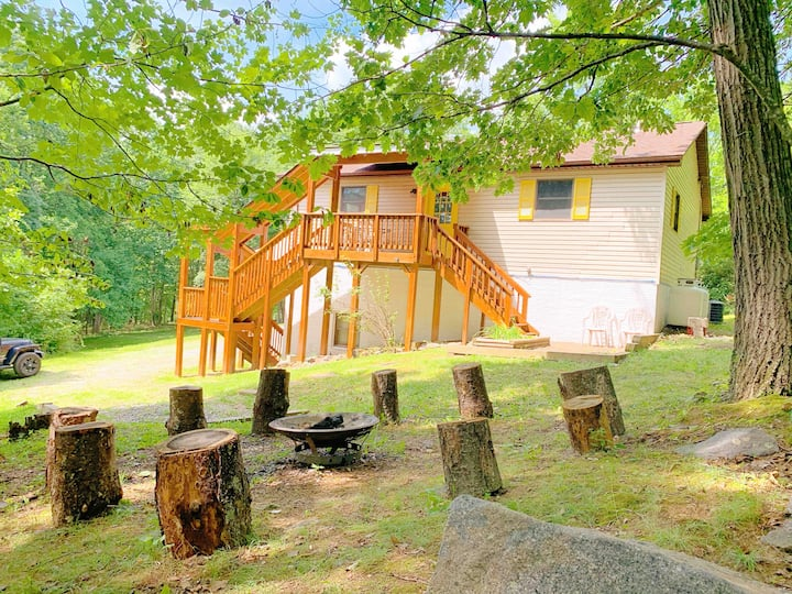 Blue Ridge Retreat - Hiking/Wineries/River/Mtns