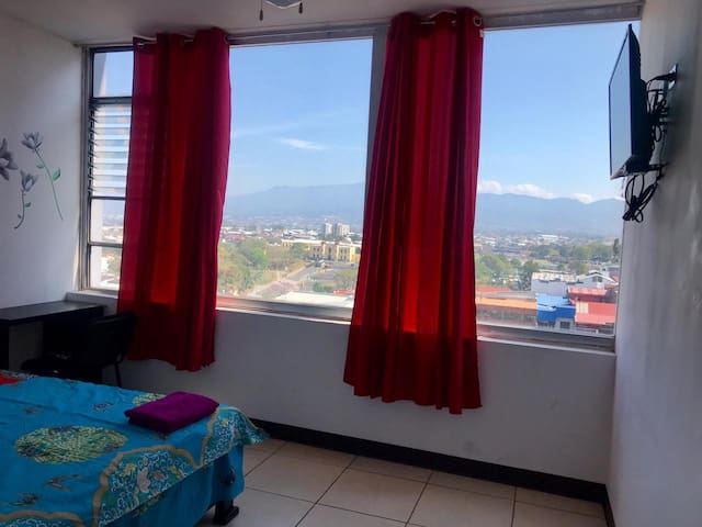 Room in San Jose centro
