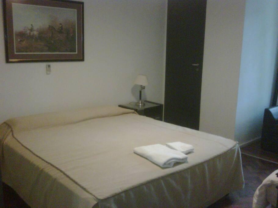 habitación con cama matrimonial o 2 twin