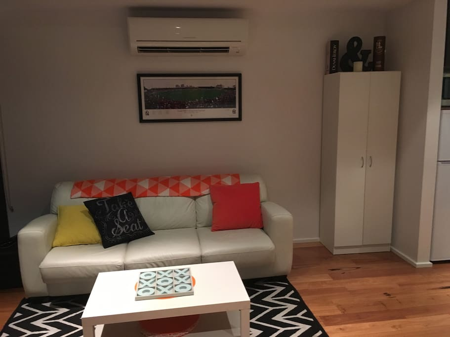 Separate Living and queen size fold out Sofa sleeps 2 comfortably. Reverse cycle aircon.