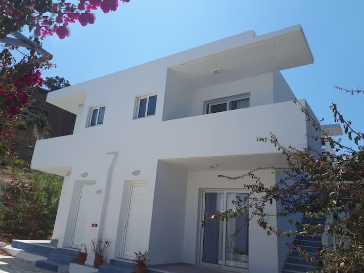 TULAS HOUSE  !!! 1