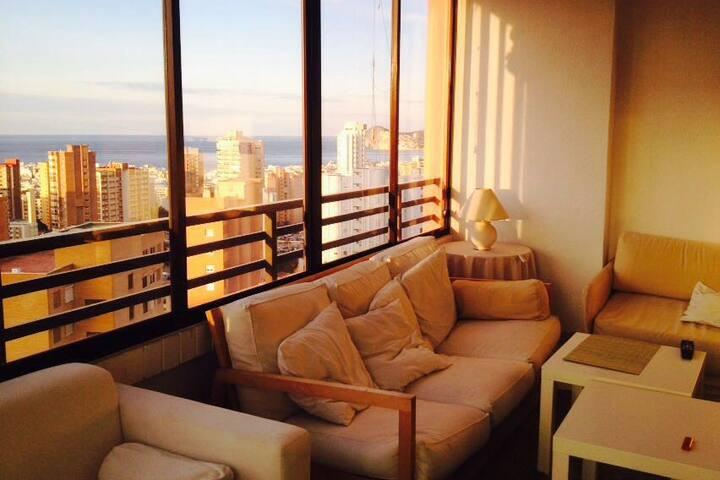 Apartamento coqueto, cómodo, acogedor. Benidorm - Benidorm - Condominium