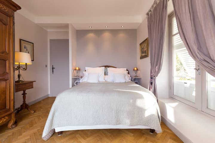 Chambre Fuon Roussa au Domaine Pins-Paul