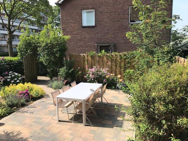 Mooi appartement met tuin op het zuiden