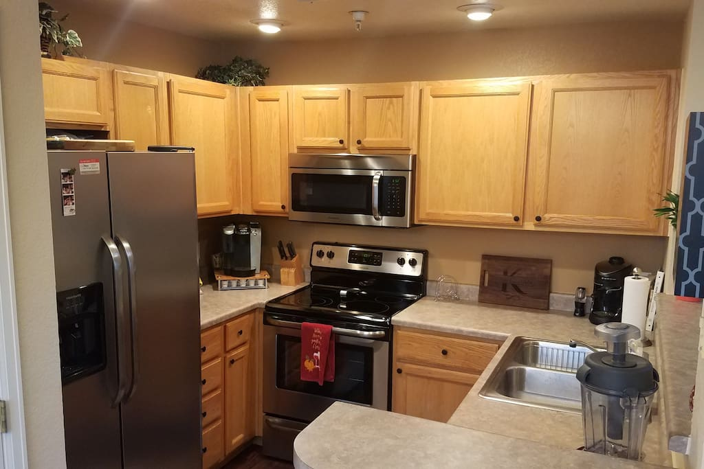 Full Kitchen, New Appliances