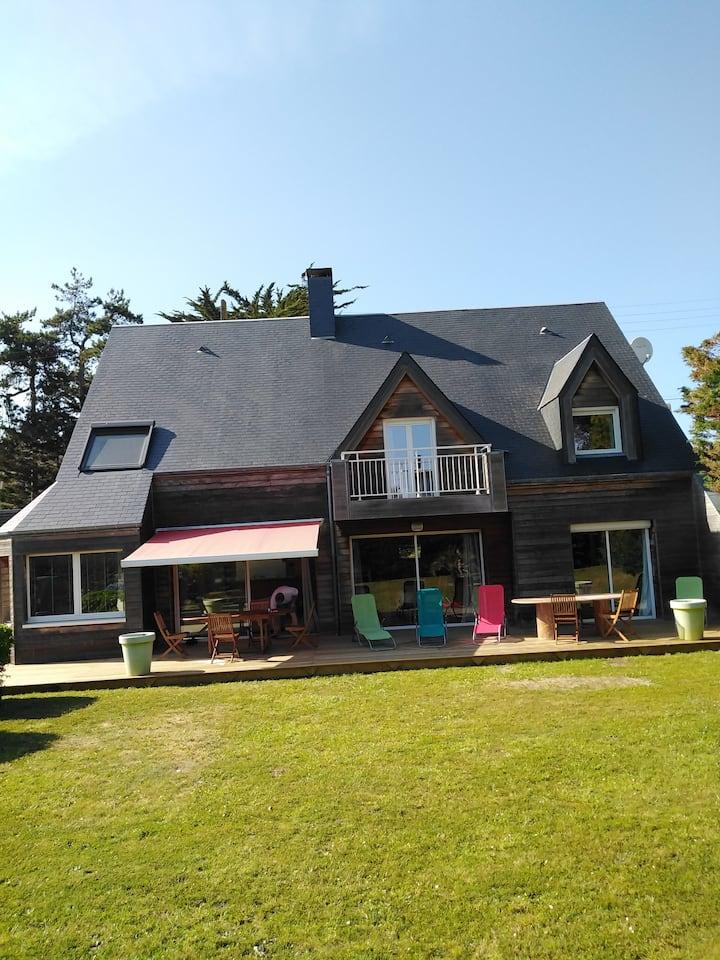 Coutainville - Villa 12 personnes 100m de la plage