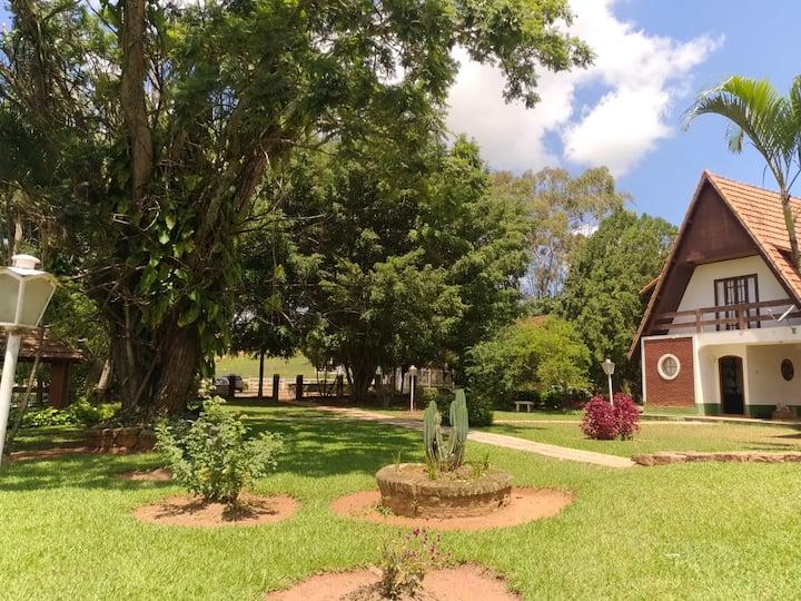 Chalé em Campestre - Área verde
