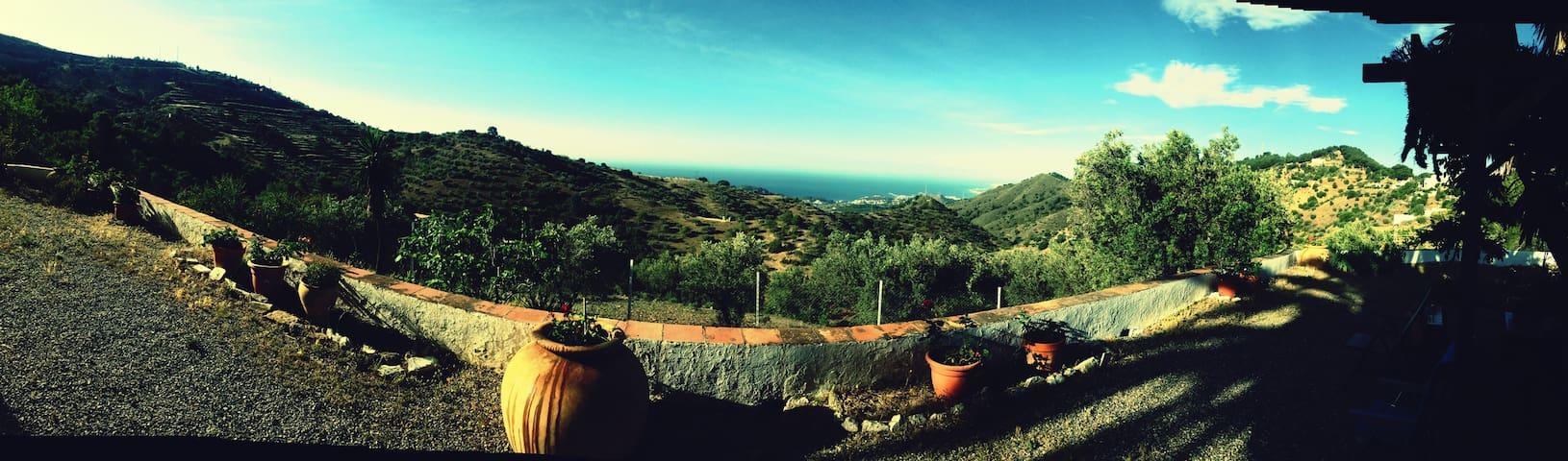 Villa Parque Natural de los Montes de Málaga. - Málaga - Villa