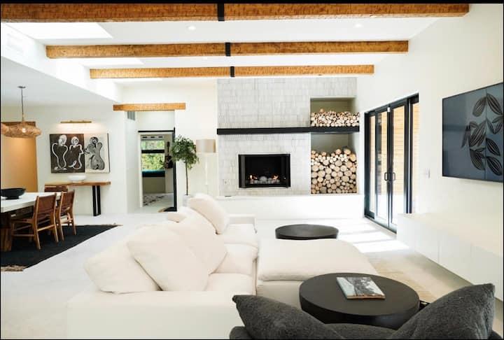 Villa Nova: An exquisite BRAND NEW home .