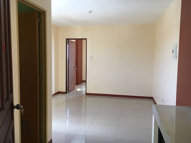 1-BR flat, short- or long-term [#3] - Calapan Calapan - Daire