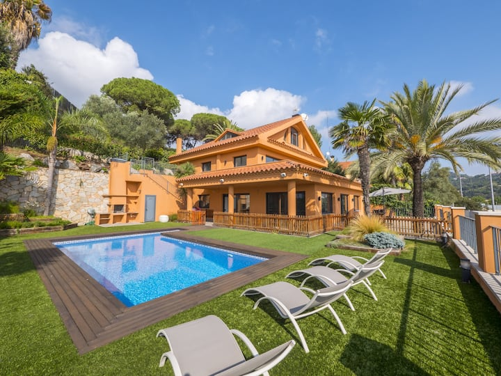 OS HomeHolidaysRentals Albi - Costa Barcelona
