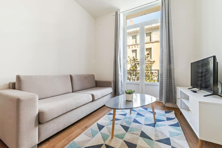 Pleasant Apartment in Vichy near Opera Museum