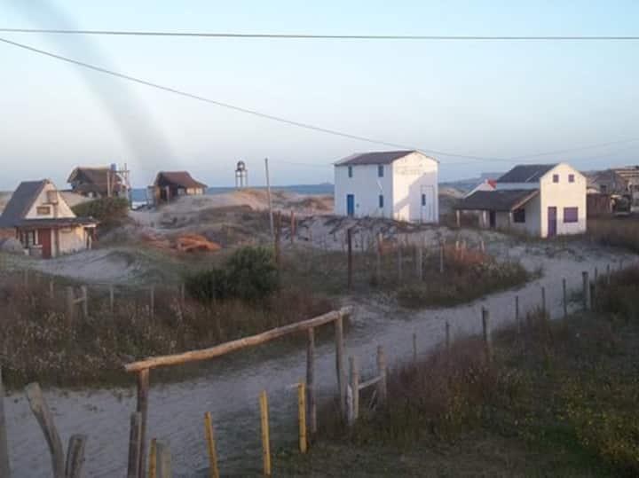 Alquilo casa en Barra de Valizas, Rocha, Uruguay.