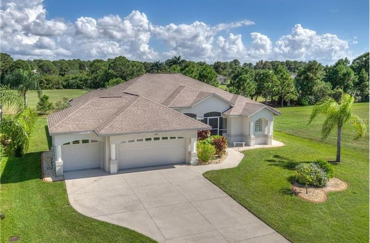 198 Tournament Road,Rotonda West,Fl 33947 - Rotonda West - Hus