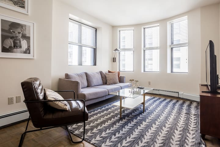 Elegant 2BD/2BA furnished apartment in FiDi