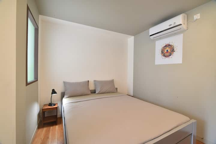 Standard suite, Aircon, Hot Water, With Breakfast
