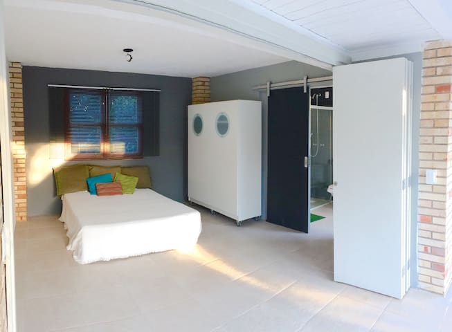 Great beach house with pool! - Florianópolis - Dom