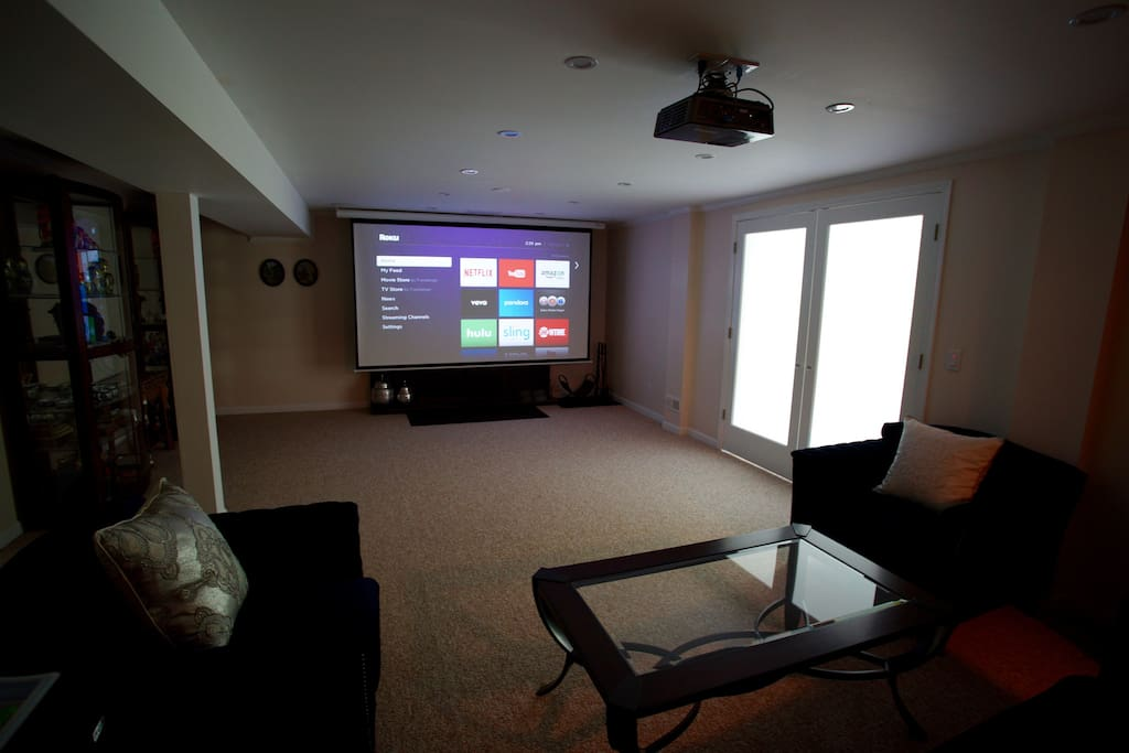 Home movie theatre with SmartTV (Netflix, Youtube, Amazon, etc.). No cable.