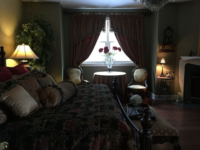 The Bedford House - Sanford - Casa