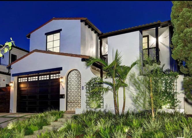 Elegant 7-Bedroom Melrose Home with Theater
