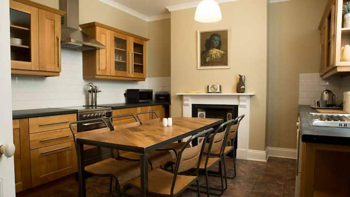 Apartment Number 4.  Near Harbour Seafront and Spa