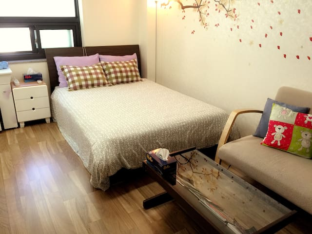 seoul station. 3 minute by walk. - Yongsan-gu - Apartment
