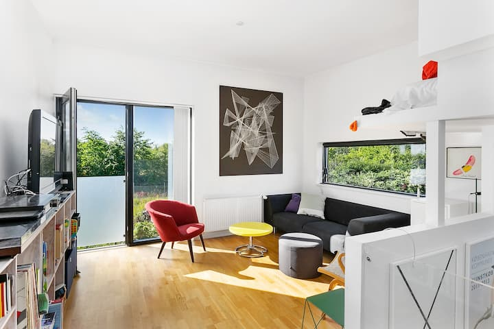 Modern house in green child friendly surroundings