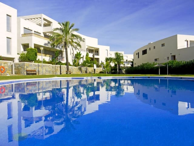 Lomas de Los Monteros, modern 3 bedroom apartment. - Marbella - Lägenhet