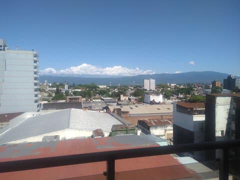 Habitación de dpto en el centro de Tucumán capital