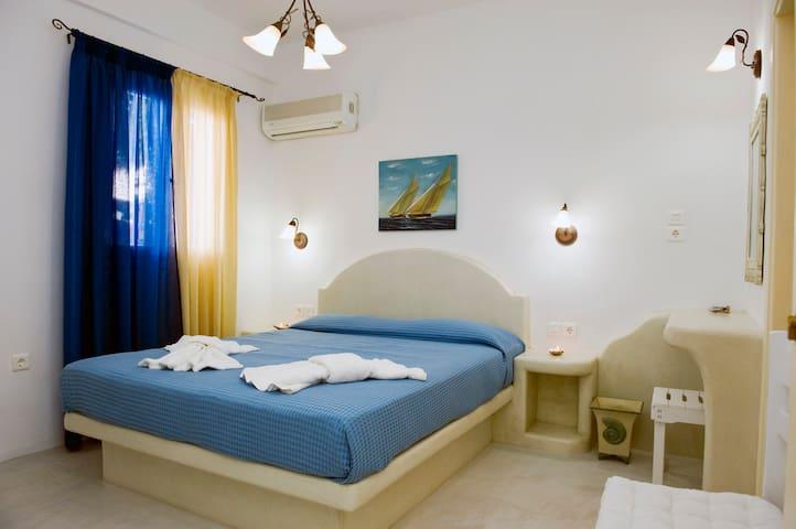 Veleta's room