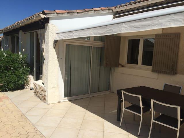 loue maison pour séjour vacances secteur Lubéron - Le Puy-Sainte-Réparade - Dom
