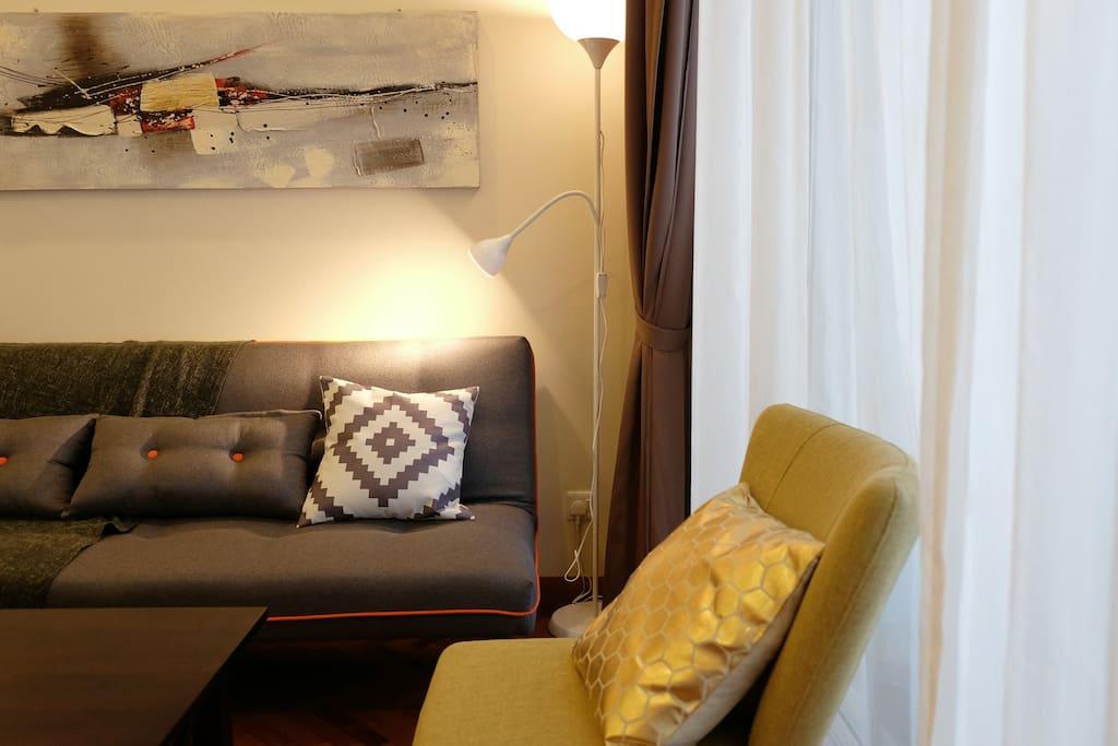 Samantha seafront lavish holiday suite penang for Sofa bed penang