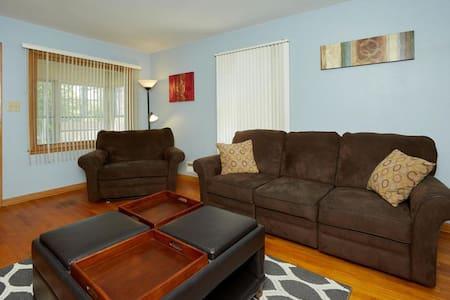 Quiet cul-de-sac single family home - Milwaukee
