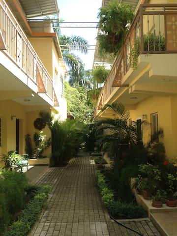 Private Room &bathroom - Port-au-Prince - Hus