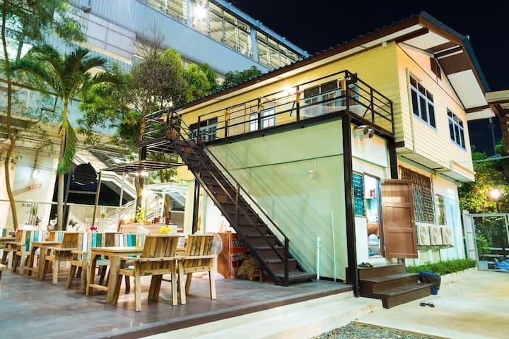 Private House Nearby Suvarnabhumi Airport