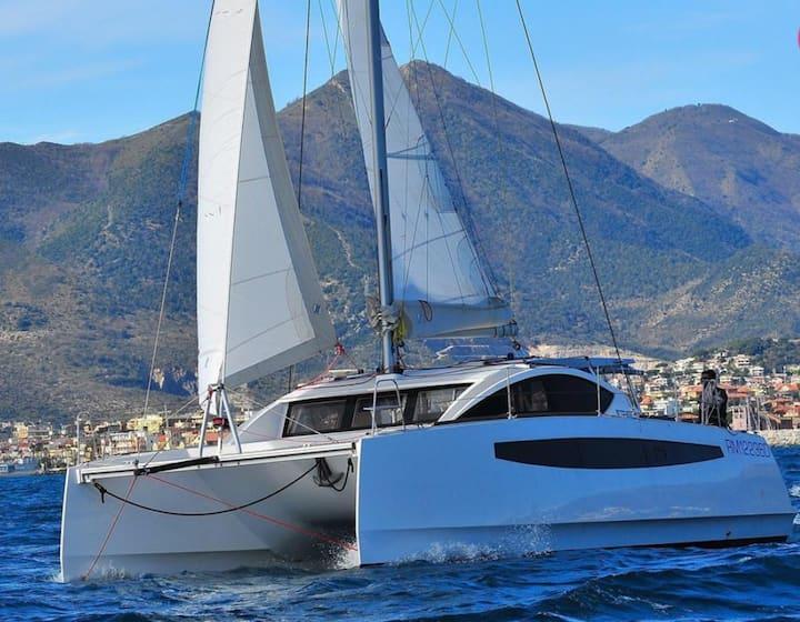 Magnifique catamaran C-CAT 37  neuf