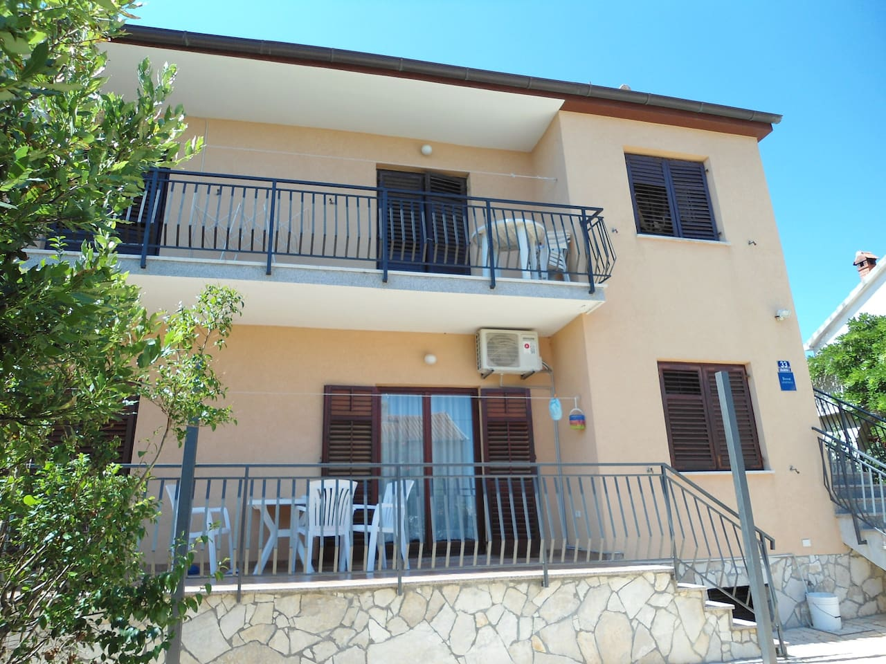 Apartment Fortuna *** stars, look all over the house, on the lower floor of the family house Two people + 1 child and 1 baby 50sqm