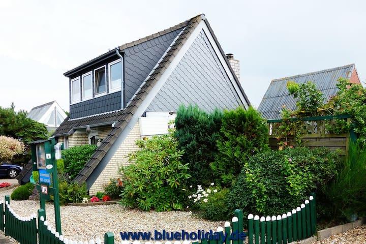 Strandnahes Ferienhaus mit Grillecke und Kaminofen - Cuxhaven - Hus