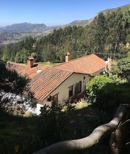 Hermosa Casa Campestre Suesca - Suesca - House