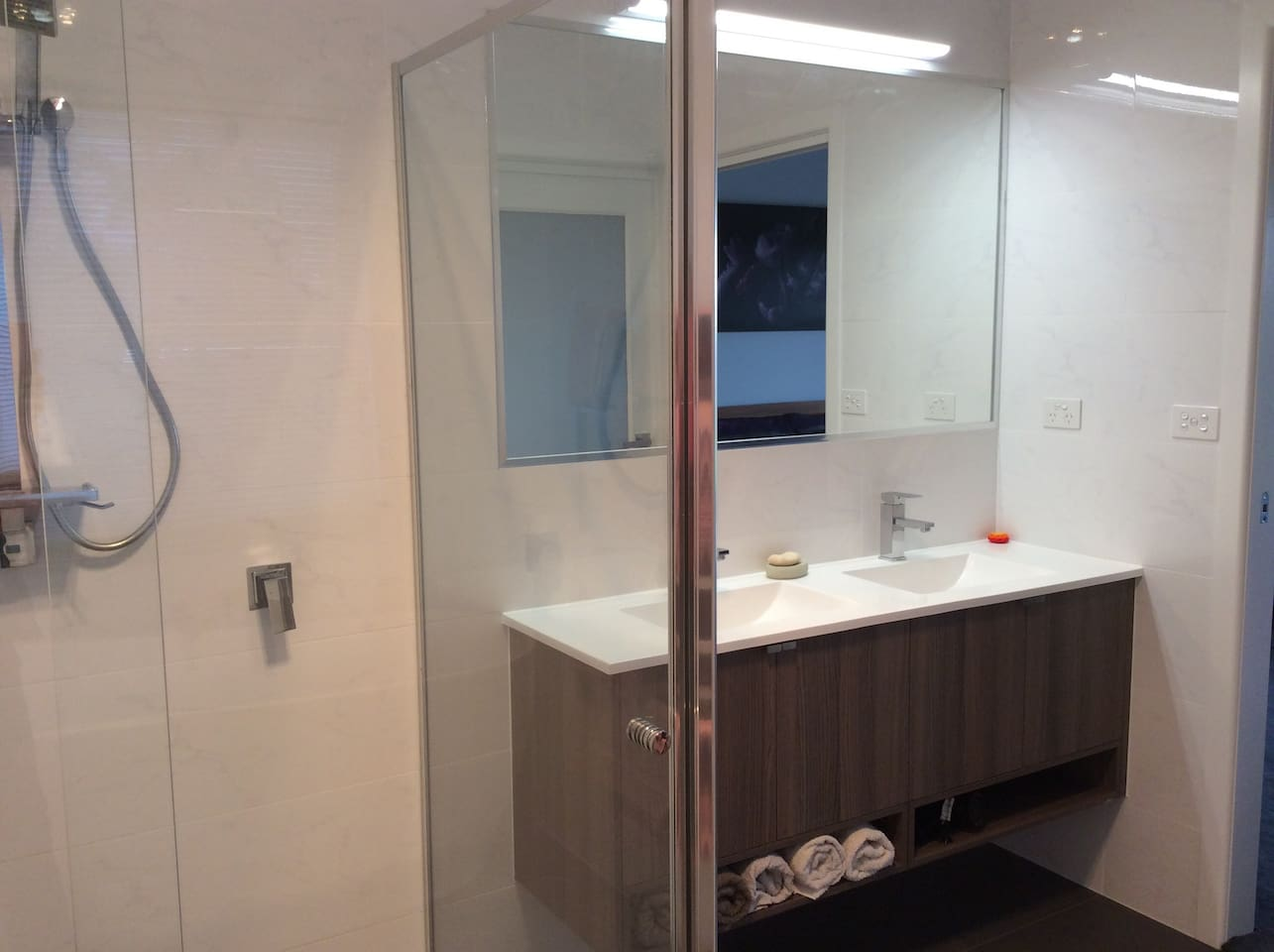 Full bathroom with separate toilet.