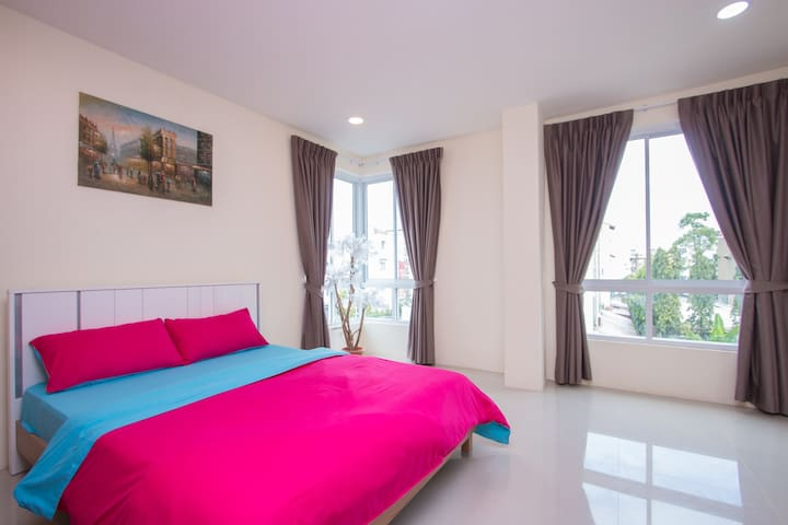 BANGKOK Bangna double-bed studio B