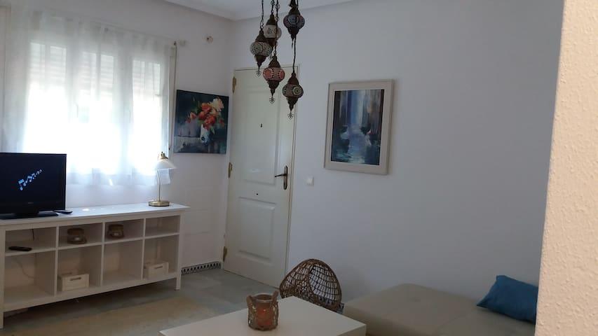 Coqueto apartamento cerca Playa de la Barrosa